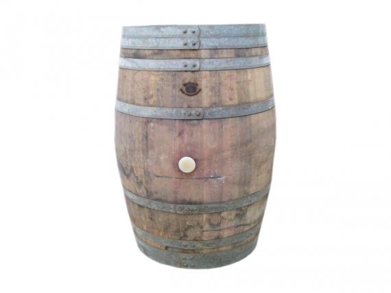 Dekorative Weinfässer
